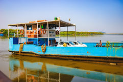 Ferry arriving to Chorao island, Goa, India Stock Photography