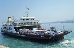 Ferry-boat Photos libres de droits
