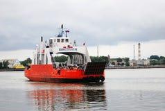 Ferry-boat en mer baltique, Baltiysk, Russie Image libre de droits