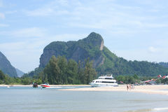Ferry boat at Nopparatthara beach to Phiphi island Royalty Free Stock Images