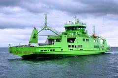 Ferry-boat transportant des passagers de véhicule A1 photos stock