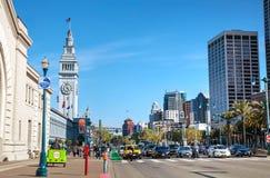 Ferry célèbre construisant le 24 avril 2014 à San Francisco, Califo Photographie stock