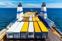 Ferry de cargaison photographie stock