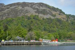 Ferry de vapeur d'Ullswater chez Glenridding, secteur de lac images libres de droits