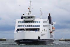 Ferry entre l'Allemand Puttgarden et le danois Rodby Images libres de droits