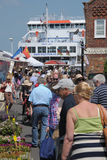 Ferry et rue passante Photo libre de droits