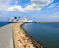 Ferry returning to port Royalty Free Stock Photo