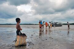 Free Ferry System Of Rural West Bengal Royalty Free Stock Images - 181805649