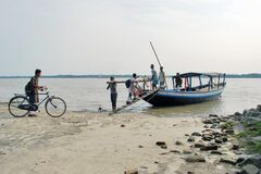 Free Ferry System Of Rural West Bengal Stock Images - 181806054