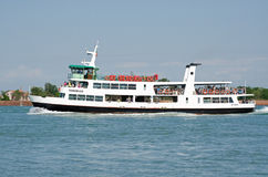 Ferry Torcello de lagune de Venise Photographie stock libre de droits