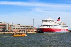 Ferry Viking Line de croisière à Helsinki Images stock