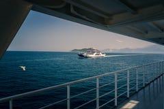 Ferryboat azul imagens de stock