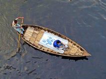 ferryboat, Buriganga rzeka, Dhaka, Bangladesz zdjęcia stock