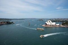 Ferryboat i Sydney opera zdjęcia royalty free