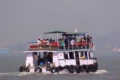 Ferryboat w Arabskim morzu Zdjęcia Stock