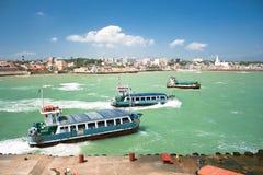 Ferryboats вала куда 2 океана приходят совместно Стоковое фото RF