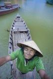 Ferryman in Hoi An Stock Afbeelding