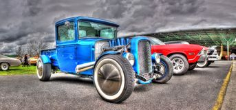 1931 fertigte blauen Aufnahmen-LKW kundenspezifisch an Lizenzfreie Stockfotos