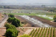Fertil Calif lantgård med vatten Royaltyfri Bild
