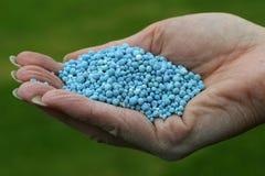 Fertilizzante blu Fotografia Stock Libera da Diritti