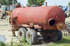 Fertilizzante del liquido dello spruzzatore Carro armato per i diserbanti ed i fertilizzanti Fotografia Stock