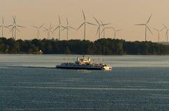 Fery och vindturbiner Royaltyfri Bild