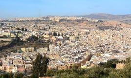 Fes市镇麦地那鸟瞰图在摩洛哥 库存照片