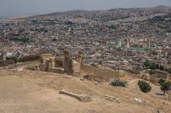 Fes菲斯麦地那老镇的全景-一古老I 免版税库存照片