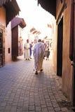 FES, MAROCCO - 2013年10月15日:街道的人们在Eid Al 库存照片