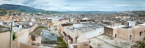 Fes nel panorama dell'orizzonte di vista panoramica del Marocco fotografia stock