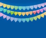 Festão colorida das bandeiras Fundo para um cartão do convite ou umas felicitações Imagens de Stock