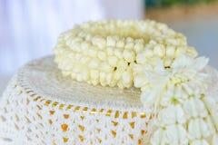Festão fresca do jasmim na bandeja para o dia da mãe de Tailândia Fotos de Stock Royalty Free