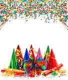 Festões, flâmula, chapéus do partido e confetes imagens de stock royalty free