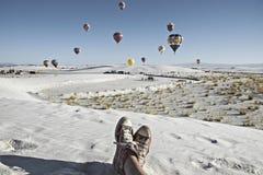 Festa de observação do balão da pessoa no monumento nacional das areias brancas, o 19 de setembro de 2010 em Alamogordo, New mexi fotos de stock