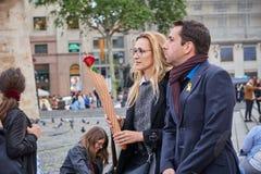 Festa de Saint Jordi, santo padroeiro de catalonia imagens de stock