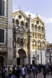 Festa di Internazionale à Ferrare : Façade de la cathédrale de Ferrare photo stock