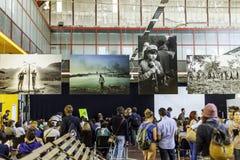 Festa di Internazionale à Ferrare : Mercato Coperto dans le forum de journaliste de photo avec le dulye de giles Photo libre de droits