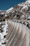 Festa nella stazione sciistica dell'Italia del Nord Giro alle dolomia Fotografie Stock