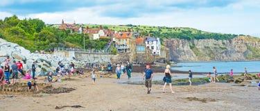 Feste alla spiaggia in Inghilterra immagine stock