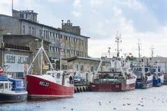 Festgemachte Schleppnetzfischer Hel Polen Lizenzfreies Stockbild