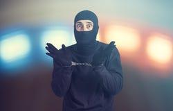 Festgenommener Verbrecher stockbilder
