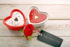 Festin doux pour le jour de valentines avec la carte pour le texte Photographie stock libre de droits