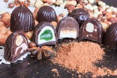 Festins de bonbon sur une table photos libres de droits