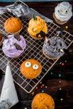Festins drôles du ` s d'enfants pour Halloween image libre de droits