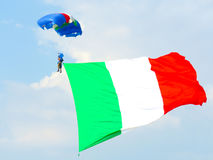 Festival aéreo dos paramilitares Tirrenia, Pisa, Itália, o 11 de setembro de 2016 Fotos de Stock Royalty Free