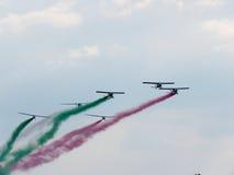 Festival aéreo Tricolor das setas Tirrenia, Pisa, Itália, o 11 de setembro, 2 Imagens de Stock