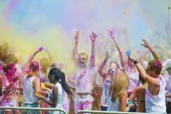 Festival av färg Holi ett parti Arkivbild