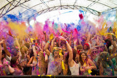 Festival av färg Holi ett parti Arkivfoto