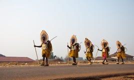 Festival das categorias de idade de Otuo - disfarce em Nigéria Fotografia de Stock Royalty Free