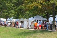 Festival de arte das proximidades do lago Imagens de Stock Royalty Free